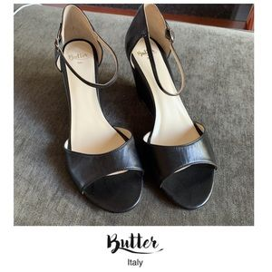 Butter Shoes Black Leather Open Toed Wedges